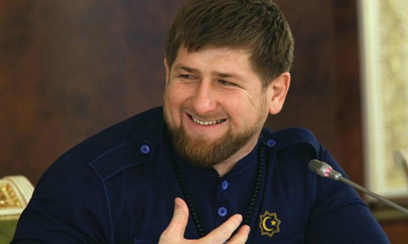Рамзан Кадыров рассказал, как резал пионерские галстуки в школе