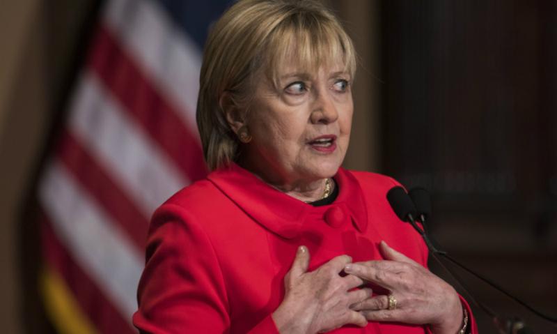 Хиллари Клинтон назвала причинами своего поражения на выборах антипатию Путина и скандал с директором ФБР