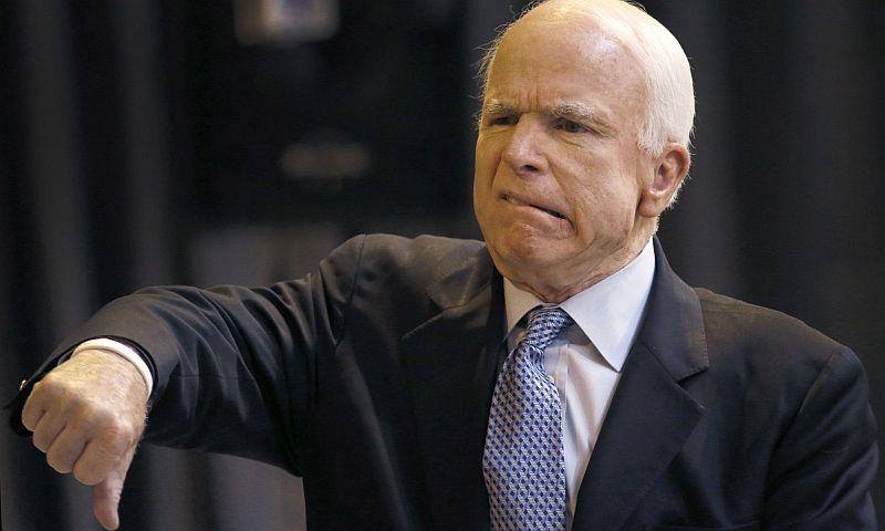 Маккейн во время прямого телеэфира оскорбительно отозвался о Лаврове и Путине