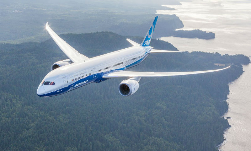 У Boeing-787 Dreamliner отказал двигатель над Братском