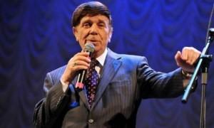 Легендарный советский певец оказался на грани нищеты в США