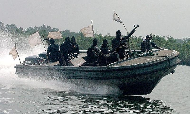 Пираты похитили российского моряка в Атлантике у побережья Нигерии