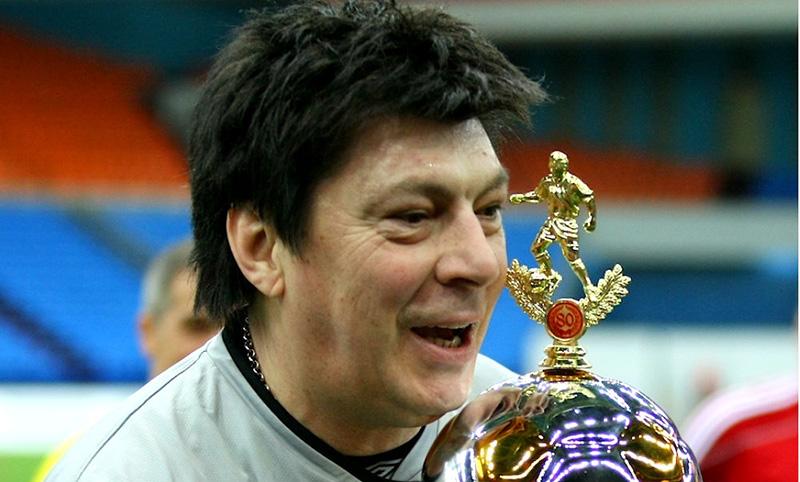 Календарь: 13 июня - Юбилей легендарного голкипера 80-х Рината Дасаева