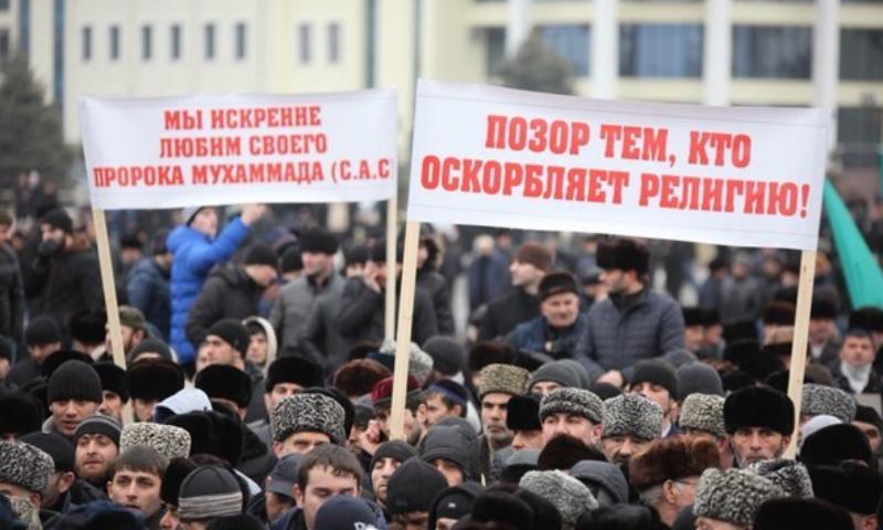 Чечня потребовала закрыть интернет-доступ к карикатурам Charlie Hebdo