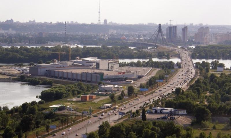 Украинские антифашисты добились от киевского суда запрета переименовывать проспект Ватутина