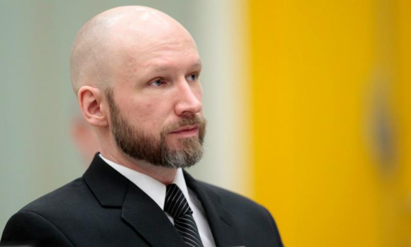 Норвежский террорист Андерс Брейвик взял себе новое имя и собрался в ЕСПЧ
