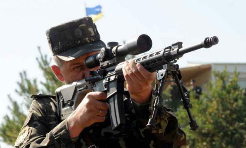 Власти ДНР сообщили об убийстве мирной жительницы украинским снайпером