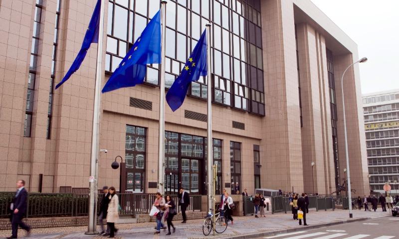 Евросоюз традиционно продлил санкции против России еще на полгода