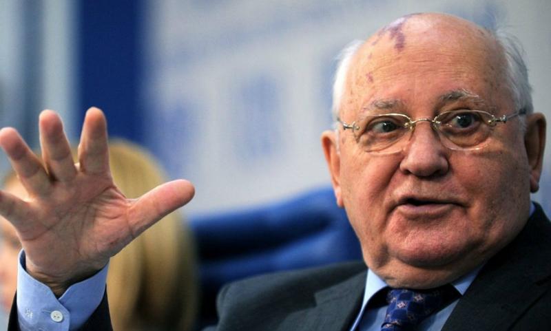 Горбачев ответил Путину на упрек в неподписании документа, который бы запретил НАТО расширяться на восток