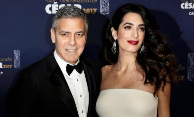 Джордж Клуни назвал имена новорожденных сына и дочери