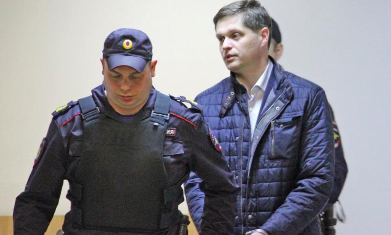 На всех российских чиновников-коррупционеров создадут досье