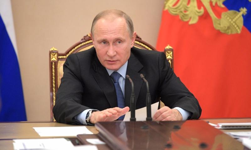 Путин заявил о серьезном падении уровня рождаемости в России