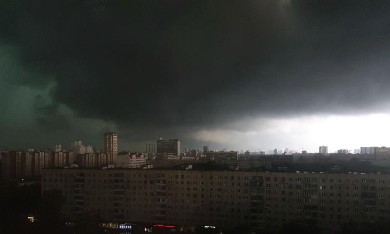 Ураган-апокалипсис собирает первые жертвы в Москве