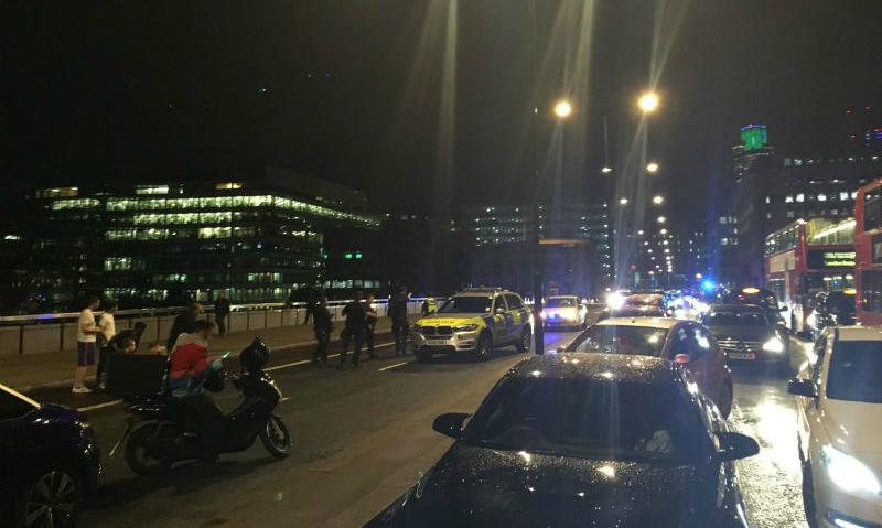 Полиция: 6 человек погибли и около 50 получили ранения во время теракта на Лондонском мосту