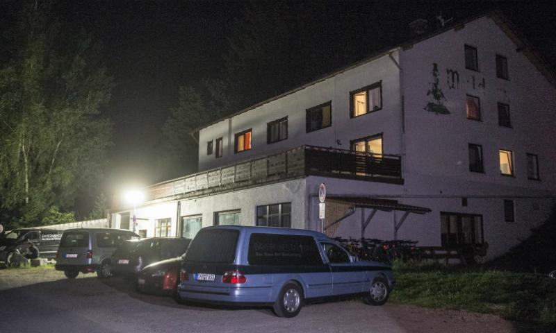Убитого в Германии мальчика из России решили похоронить на родине