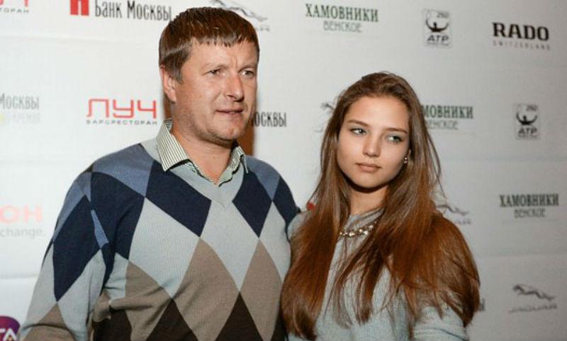 «Наркотики. Я в аду»: теннисист Евгений Кафельников попросил о помощи