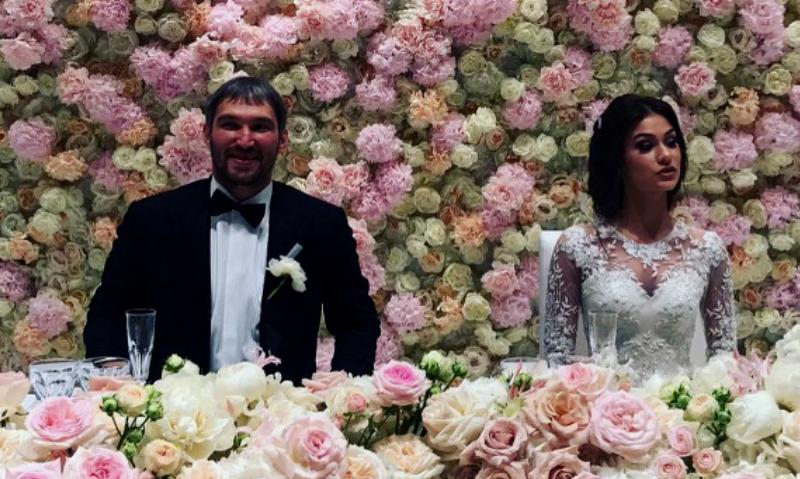 Александр Овечкин и дочь Веры Глаголевой устроили грандиозную свадьбу в Подмосковье