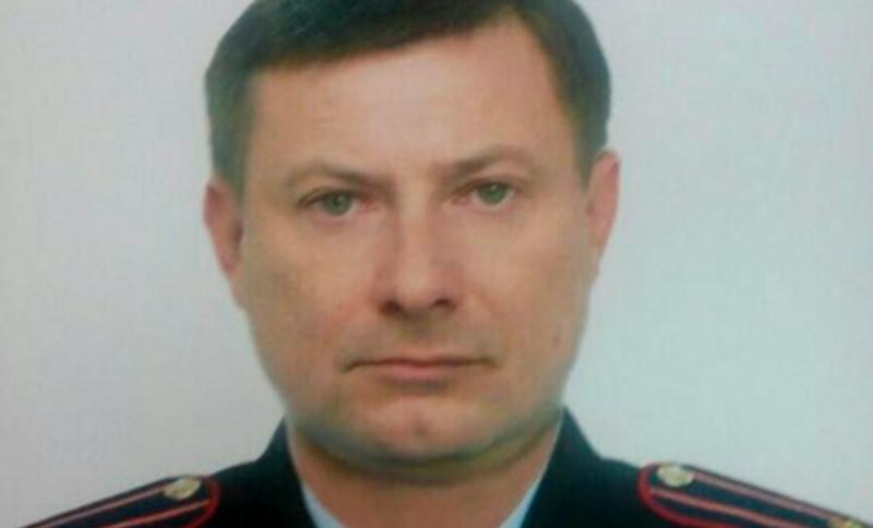 Полицейский расстрелял бывших жену и тестя в автомобиле на трассе под Ростовом