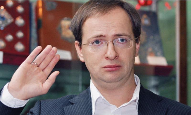 Министр культуры отменил спектакль Кирилла Серебренникова в Большом из-за гей-пропаганды