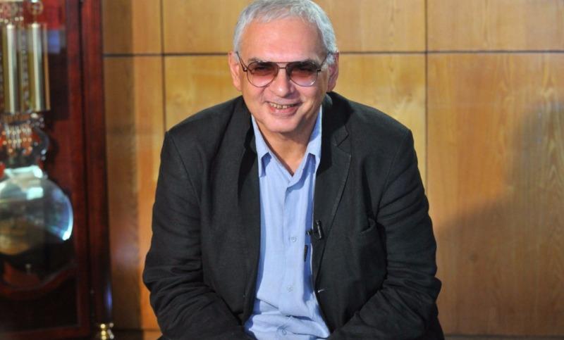 Шахназаров предложил отменить рекламу зарубежных фильмов на телевидении