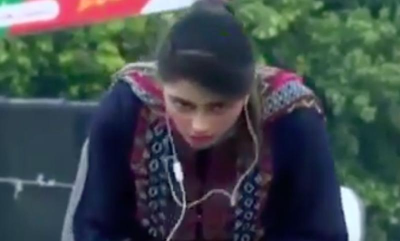 Юная телеведущая «умерла» в прямом эфире пакистанского канала