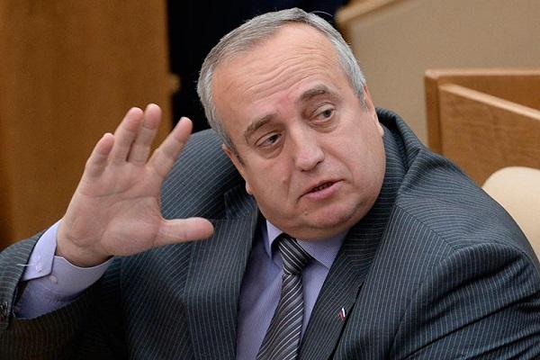 Клинцевич предупредил живущих в России украинцев о последствиях введения Киевом биометрического контроля