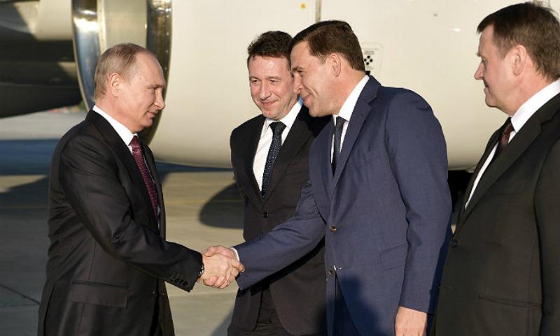 Путин поручил губернатору Свердловской области разобраться с