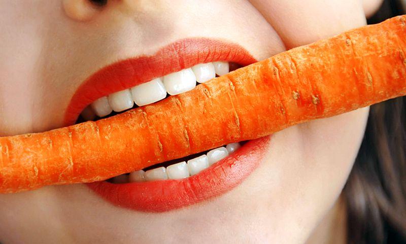 Дочь ульяновского депутата надругалась из ревности над подругой с помощью моркови