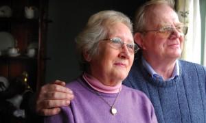 Почему власти не могут резко повысить пенсии в стране