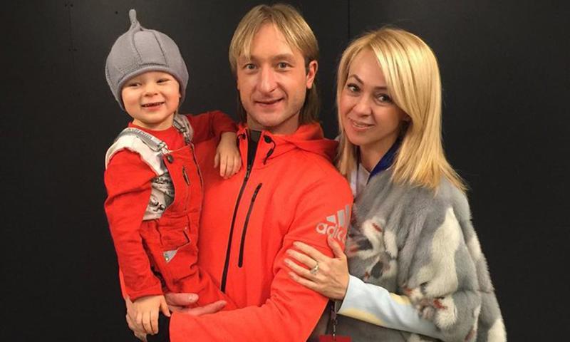 4-летний сын Плющенко и Рудковской вышел на подиум на Неделе Высокой моды