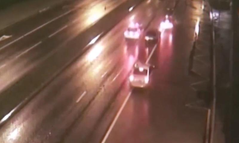 Полицейские открыли стрельбу по машине пьяного подростка-водителя в Москве