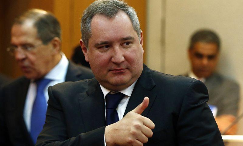 Самолет министра обороны Румынии отказался приземляться в Москве, - Рогозин