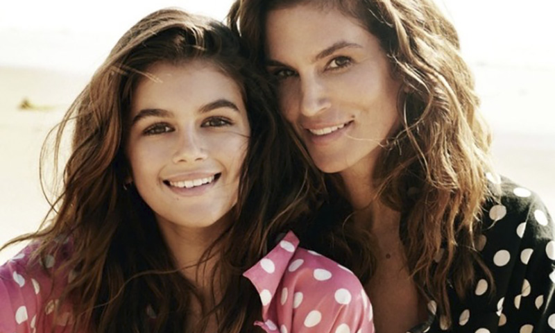 15-летняя дочь Синди Кроуфорд призналась, что завидует красоте мамы