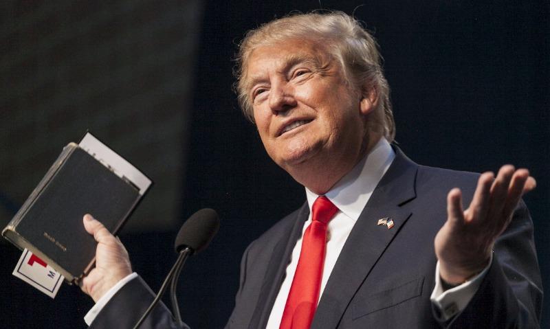 Спасибо: Трамп наложил запрет на службу трансгендеров в армии США