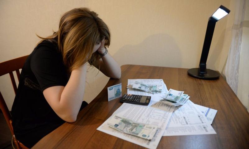 Обнародована шокирующая сумма долга всех россиян по ЖКХ