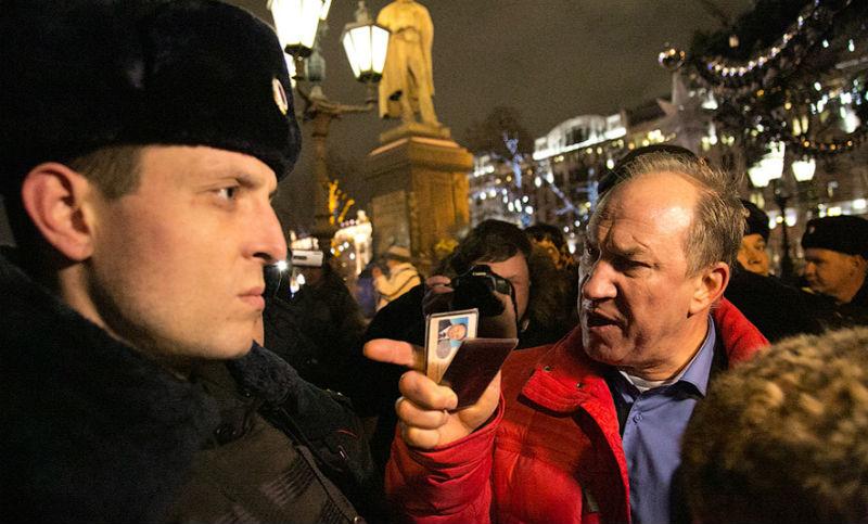 Депутат Госдумы столкнулся с «отфутболиванием» его запросов силовыми органами