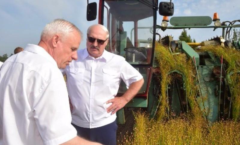 Лукашенко насаждает в Белоруссии сталинские методы руководства