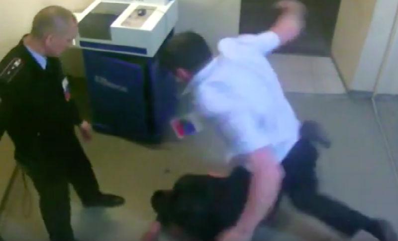Избитый в отделении полиции Красноярска мужчина умер