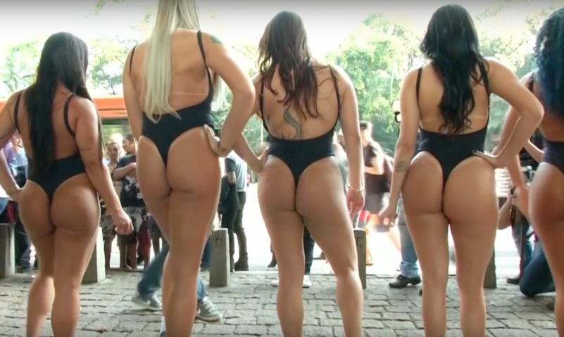 В Бразилии стартовал знаменитый конкурс «Мисс Бум-Бум»