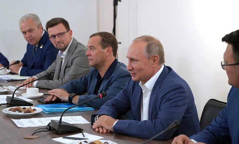 Путин предложил создать в России свою Мекку
