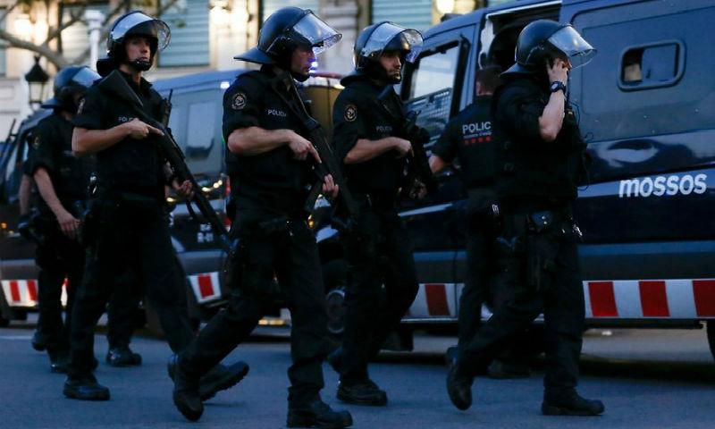 Барселонского террориста застрелили полицейские