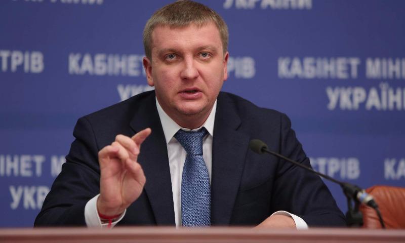 На Украине сомневаются, что Россия сможет построить мост в Крым