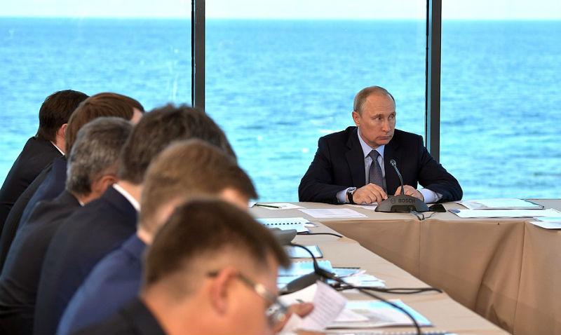 Путин ответил на просьбу баллотироваться в президенты
