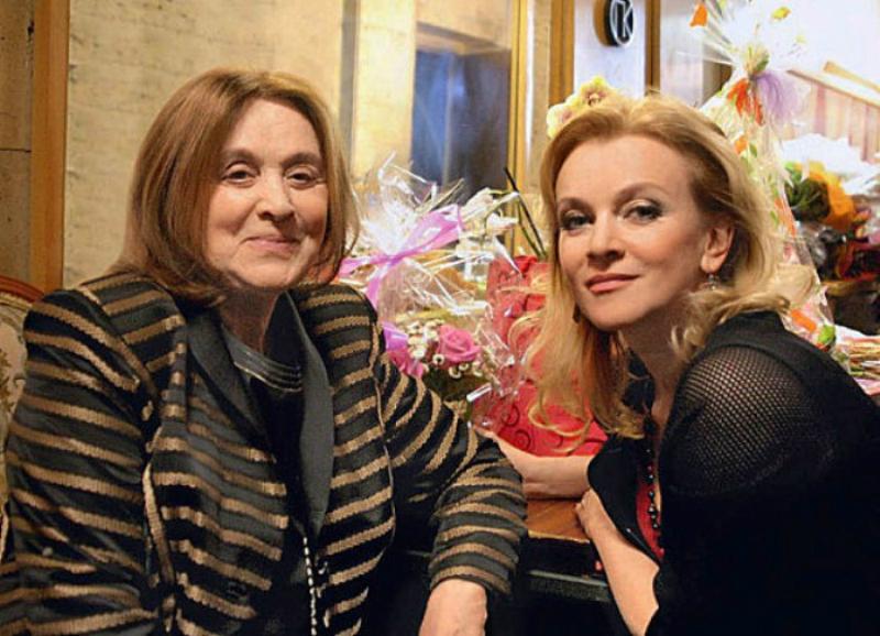 Маргарита Терехова с дочерью