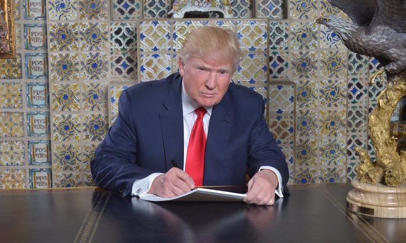 Трамп поставил подпись на законе о новых санкциях против России