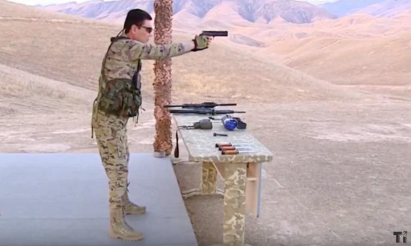 Поющий президент Туркменистана превратился в Рэмбо