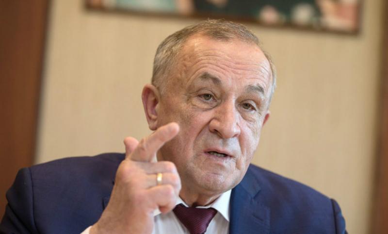 Экс-главу Удмуртии перевели под домашний арест из-за сотрудничества со следствием