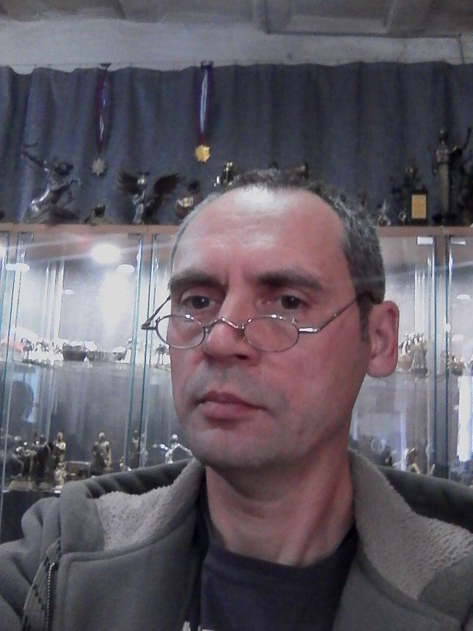 Игорь Дар