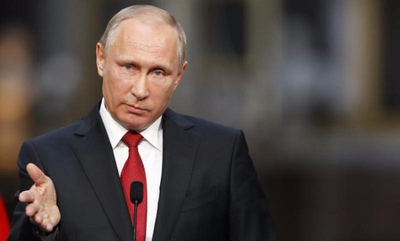Путин инициировал повышение МРОТ до прожиточного минимума