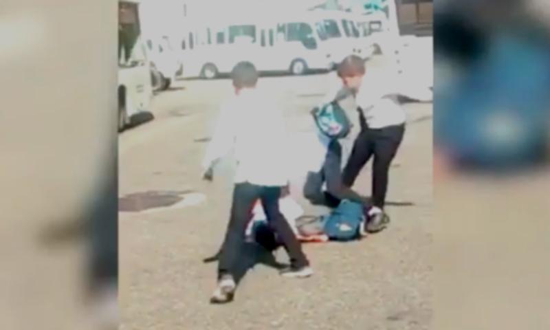 Сочинские школьники избили ногами одноклассника и выложили видео в Сеть